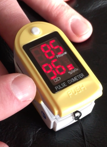 image depicting good oxygen saturation on pulse oximeter